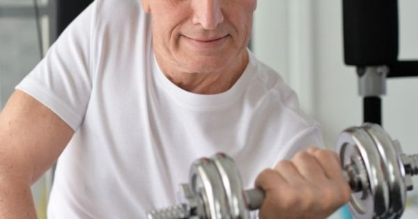 Assisted Living Programs Promote Senior Health and Fitness
